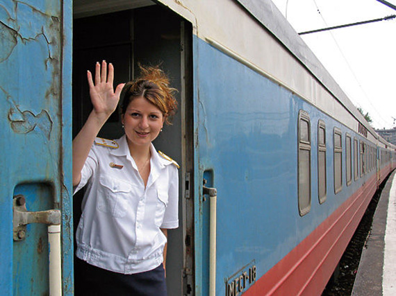 Как ебут проводниц в русских поездах — img 7