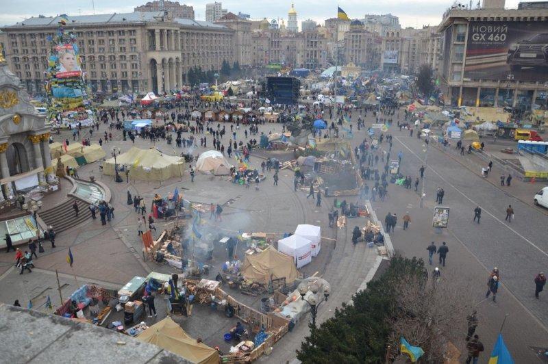 1388121186_reportazh-bessarabka-maydan-19-1024x682