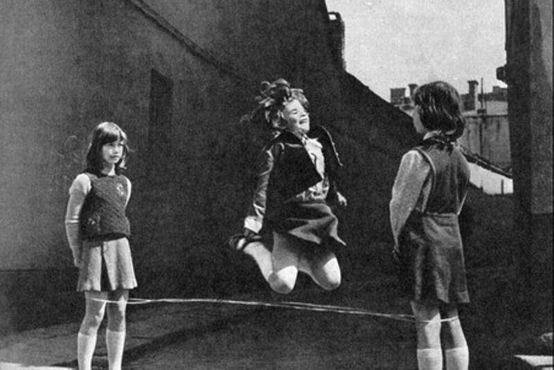 Картинки по запросу играющие дети советский союз
