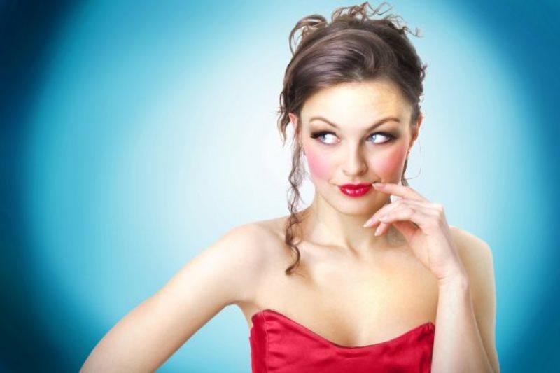 Сосет и глотает не вынимая изо рта сперму 24 фотография