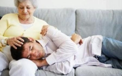 Фото фото фото секса сына с мамой тёткой