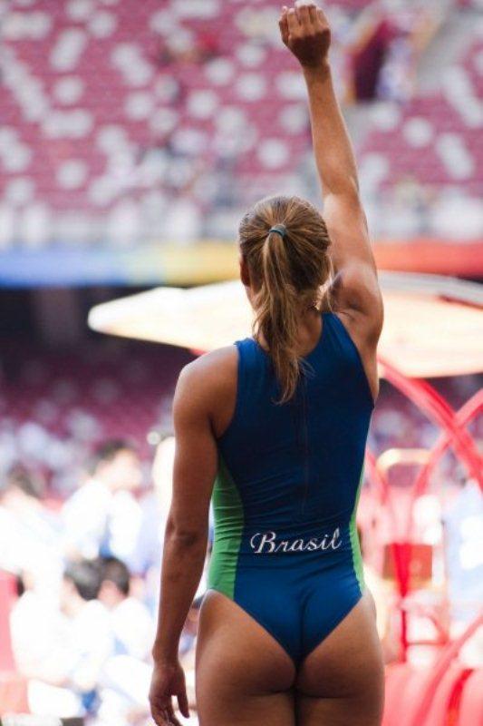 фото спортсменок с большим задом