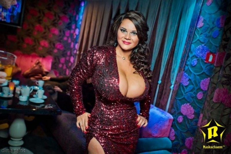 Самые большие сиськи российских девушек онлайн бесплатно 26 фотография