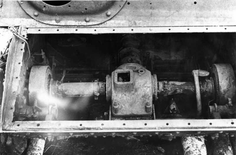 07. Трансмиссия. Вид со стороны переднего броневого листа