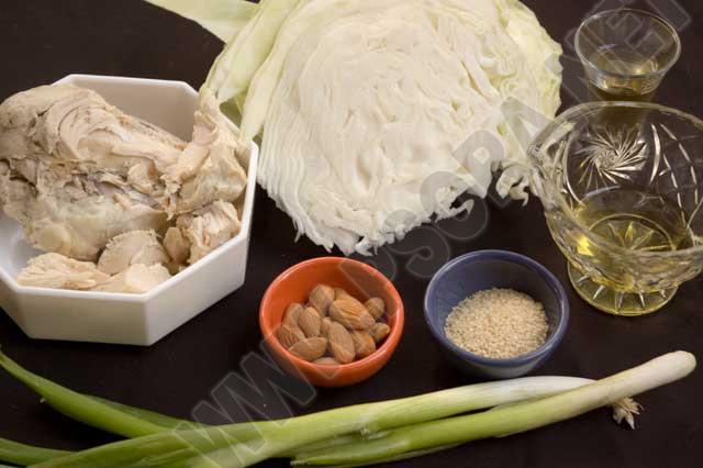Лечение псориаза диетой. Питание по Пегано. Капустный салат с курицей
