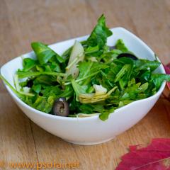 Салат из макарон и арагулы