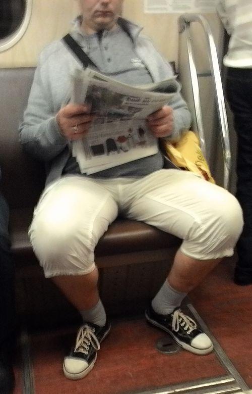высокий носок с шортами