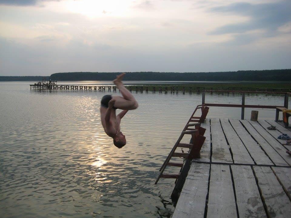 сальто в воду, озеро Серминок