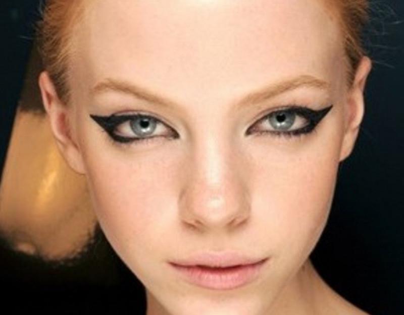 Мода на лисьи глаза у девушек