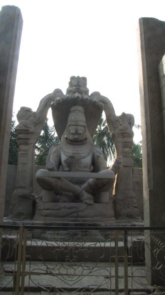 Нарасимха, один из аватаров Вишну (в Хампи)