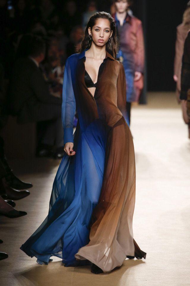 Женщина-небо Roberto Cavalli