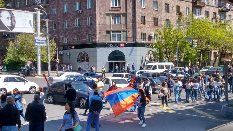 Кукольная революция в Армении, часть вторая