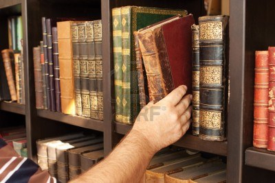 5790199-lots-of-old-books-in-a-old-library-aged-books