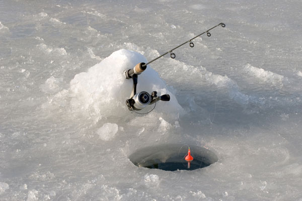 minnesota-ice-fishing-600
