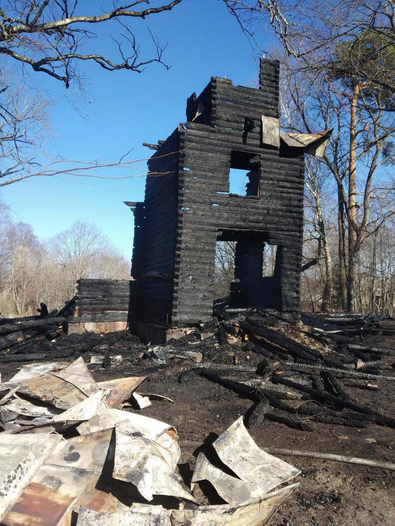 В деревне Ремни Городокского района сгорел деревянный костел Святых апостолов Петра и Павла постройки конца XIX века