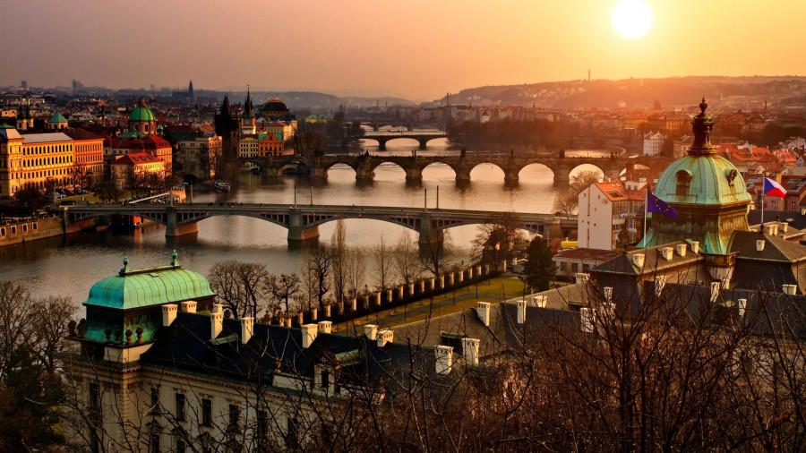 Czech-Republic-Sunset-Buildings-Bridge-Sunlight-1440x2560