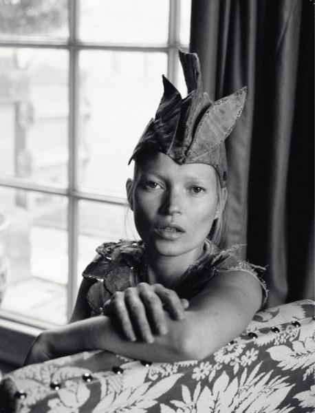 Kate Moss Love 8 fall 12 stylist katie Grand ph Tim Walker via modelcouture 11