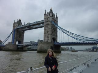 И наконец, мост остался позади:)