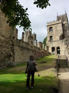 В развалинах епископского дворца