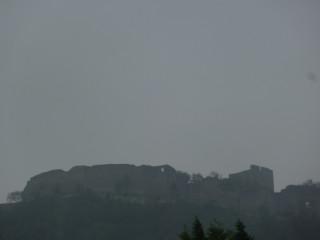 Руины замка на горе Шлоссберг - оцените погоду:)