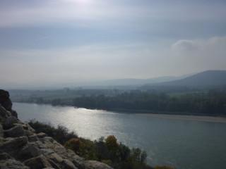 И Дунай в другую сторону:)