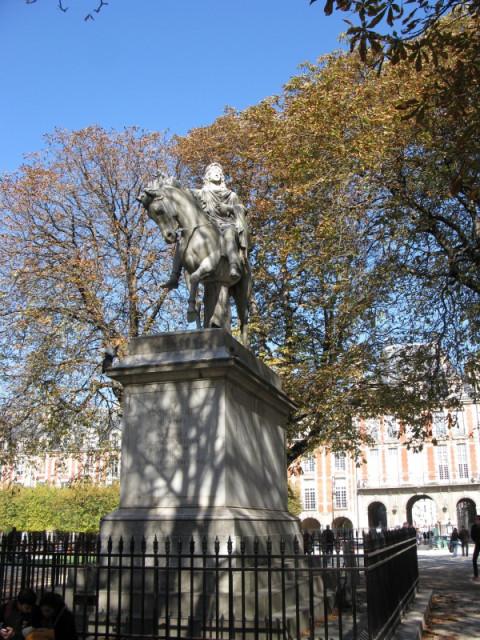 Памятник Людовику XIII