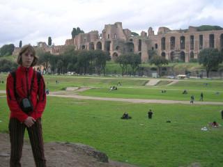 Цикрус Максимус и громады Палатина