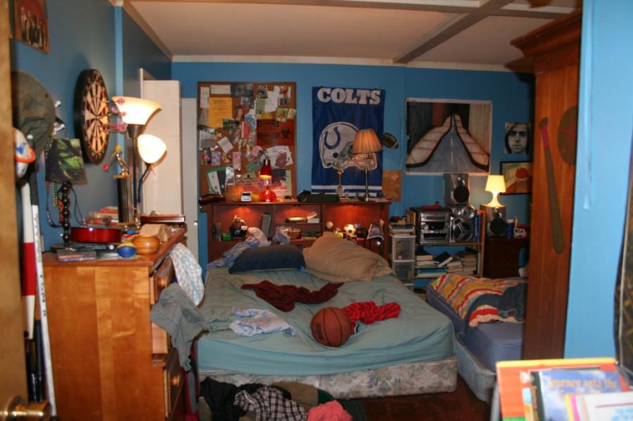 Axl & Brick's Room2