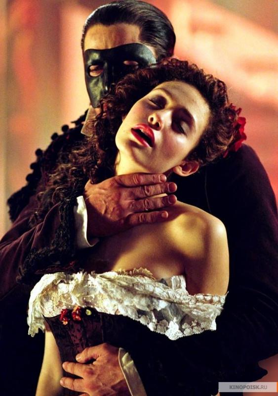 kinopoisk.ru-The-Phantom-of-the-Opera-900444