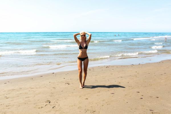 Alexandra-Bring-bikini-marbella