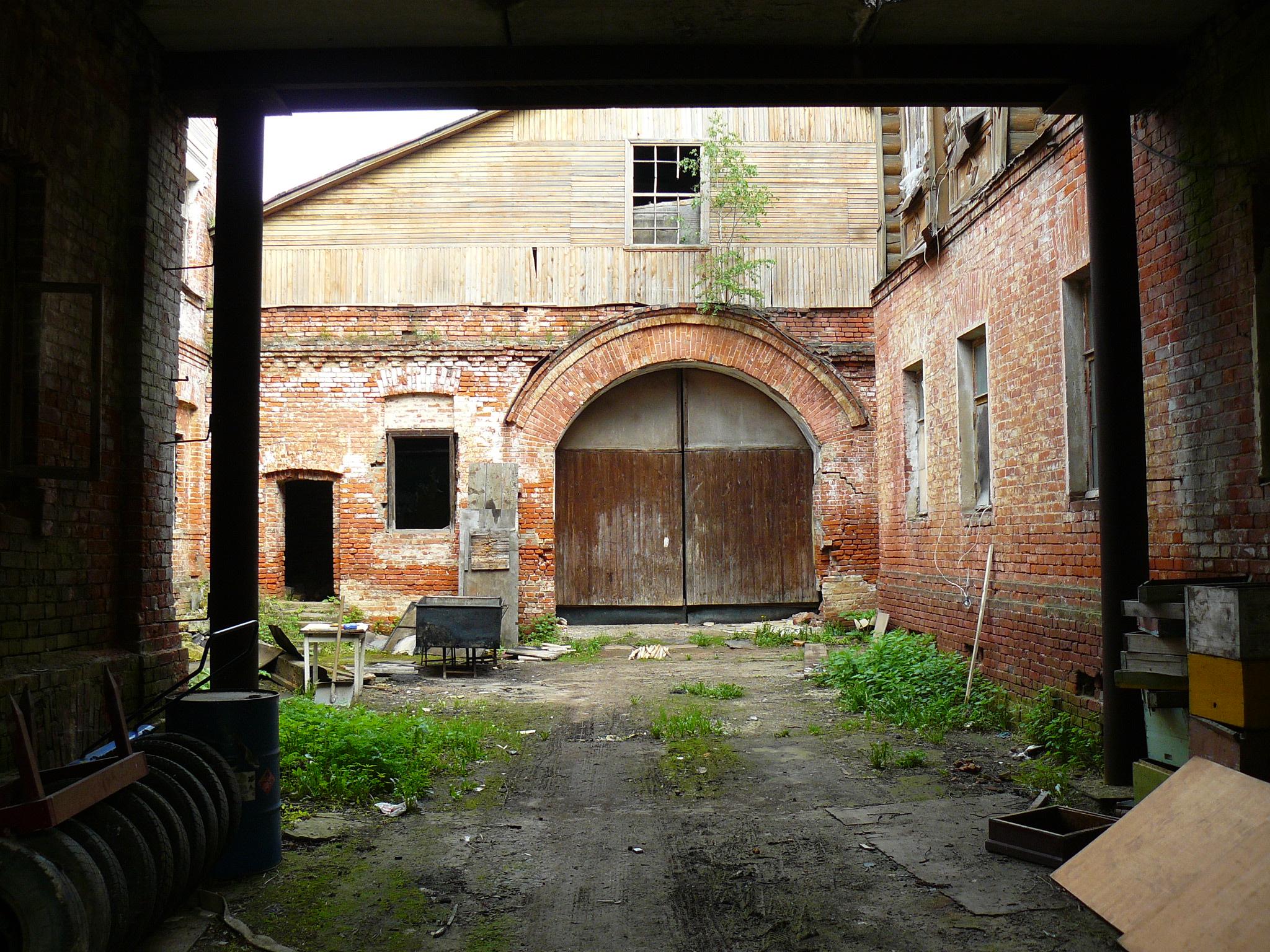 http://pics.livejournal.com/pushkino_2009/pic/000wt7wt