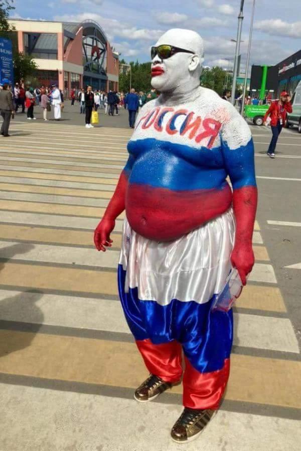 Акторів Театру.doc затримали в центрі Москви за роздачу листівок на підтримку Сенцова - Цензор.НЕТ 332
