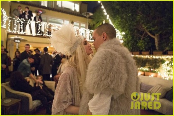 ashlee-simpson-evan-ross-throw-amazing-engagement-party-02