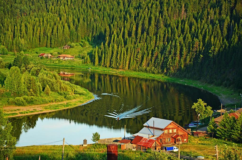 ВОТ ОНА , ЛЕПОТА РУССКАЯ !!!! это река Чусовая, посёлок Кын ...