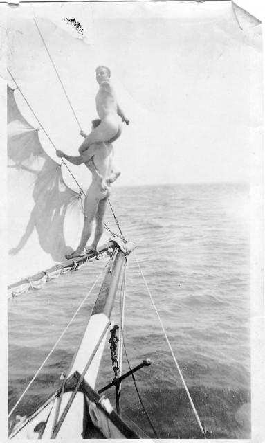 Naked Oldtime sailing boys