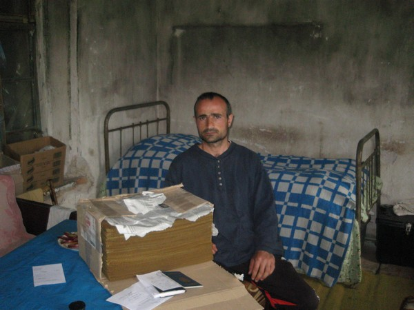 Ներկայացնում եմ Կորյուն Ալոյանին Վաղազին գյուղից.