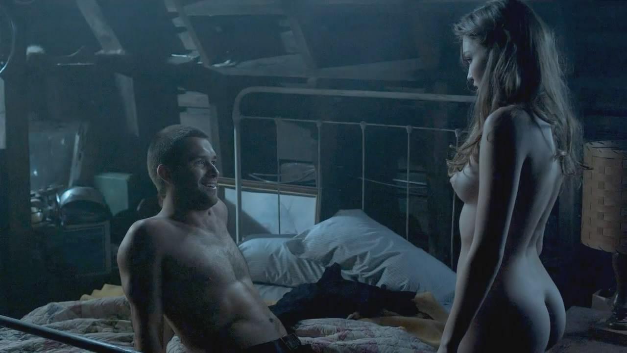 решили разоблачить девушки голые в кино притворилась мертвой