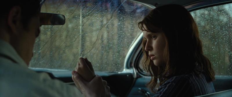 Тяжёлая и депрессивная жемчужина от Netflix: обзор фильма «Дьявол всегда здесь»