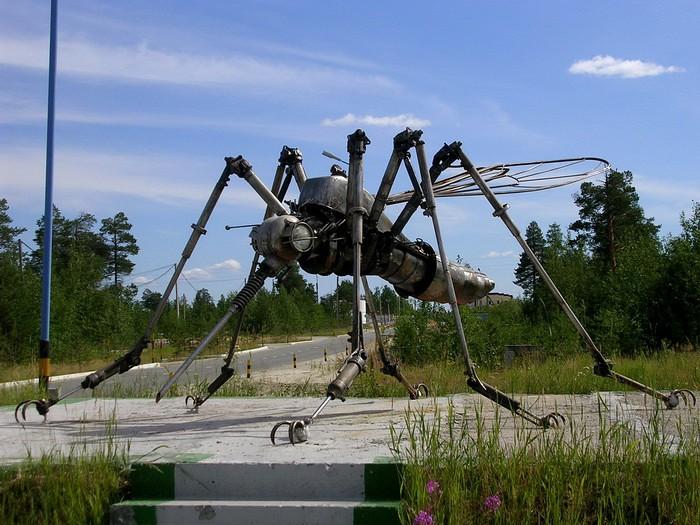 Памятник комару, г. Ноябрьск
