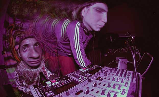 http://pics.livejournal.com/quadrro/pic/00036dr4.jpg