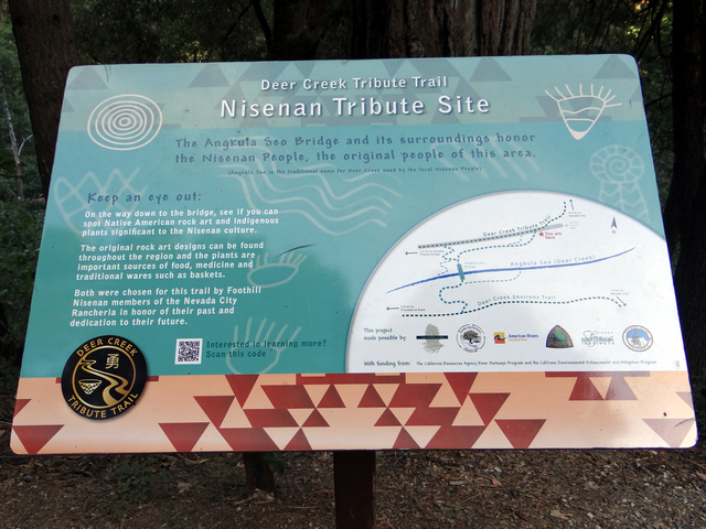 Tribute Trail sign 4.jpg