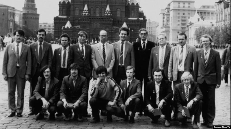 Юниксоиды на Красной площади.png