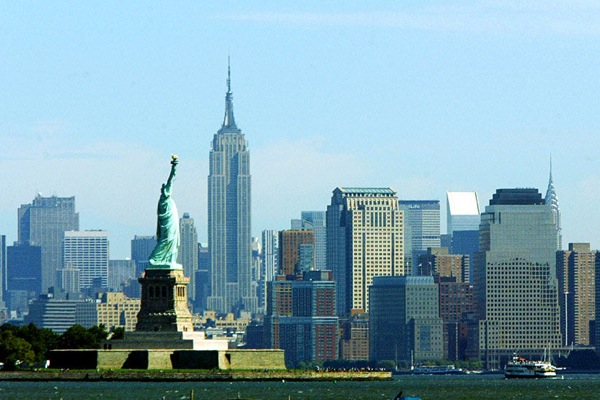 new_york_manhattan_statue_of_liberty.jpg