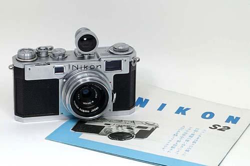 Дальномерка общепринятого формата 24x36мм Nikon S2