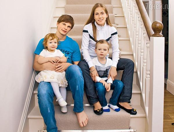 Жена Аршавина - о расставании 5s2WdLr