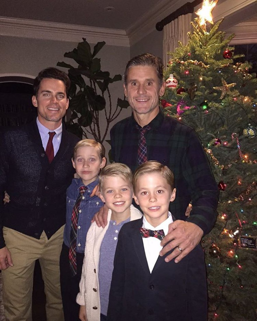 Simon Halls with husband Matt Bomer and their three kids