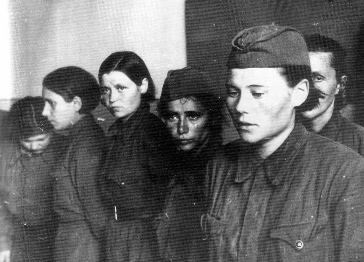 У войны не женское лицо. Воспоминания женщин-ветеранов. 5