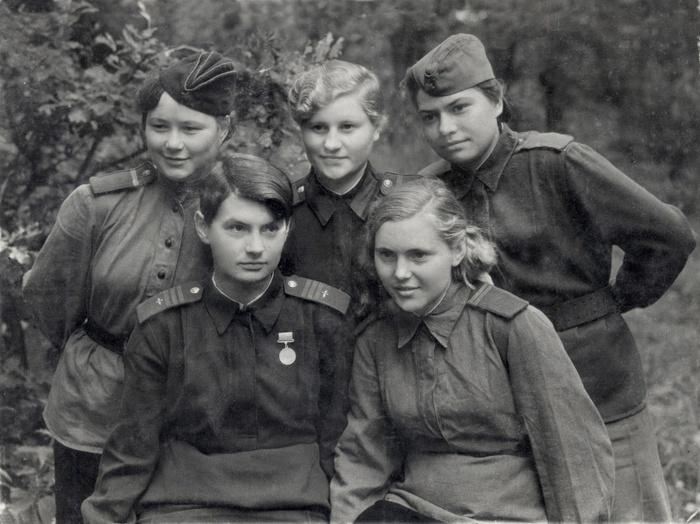У войны не женское лицо. Воспоминания женщин-ветеранов. 10