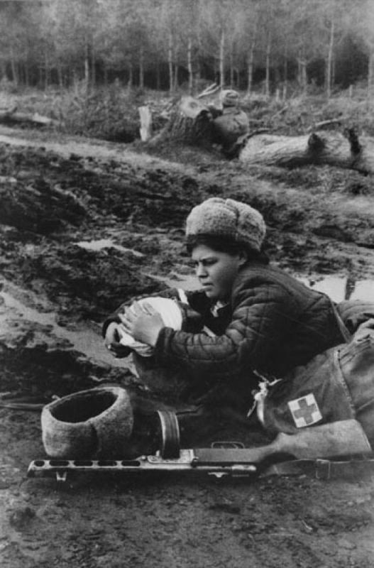 У войны не женское лицо. Воспоминания женщин-ветеранов. 23