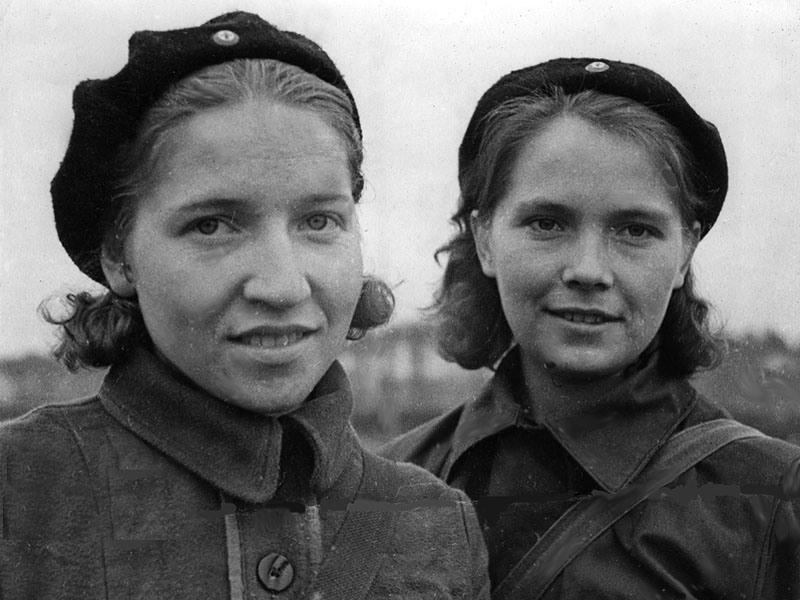 У войны не женское лицо. Воспоминания женщин-ветеранов. 34